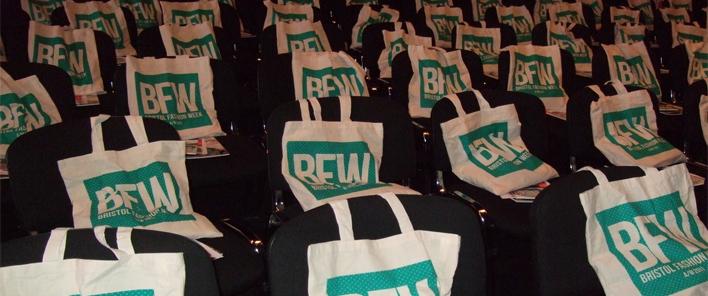 Рекламни чанти за конференции, семинари, презентации